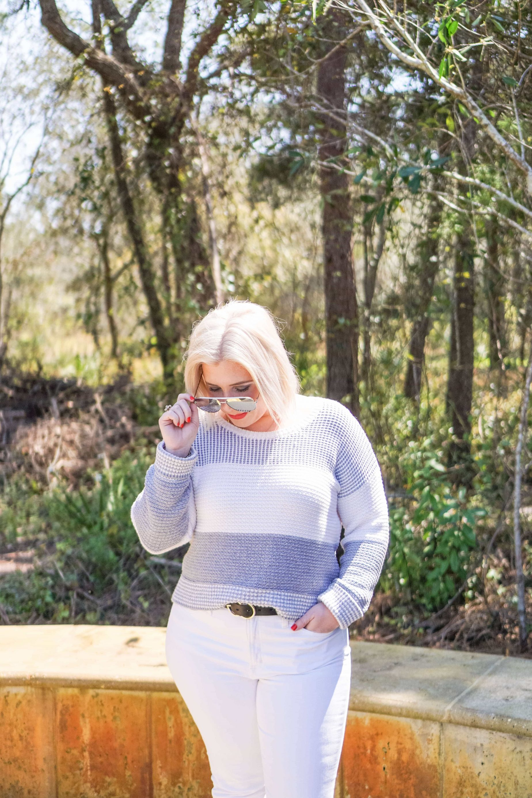 Spring Outfit I'm Wearing On Repeat #whatsavvysaid #petitefashion #petitestyle #springoutfit #whitedenim #springfashion