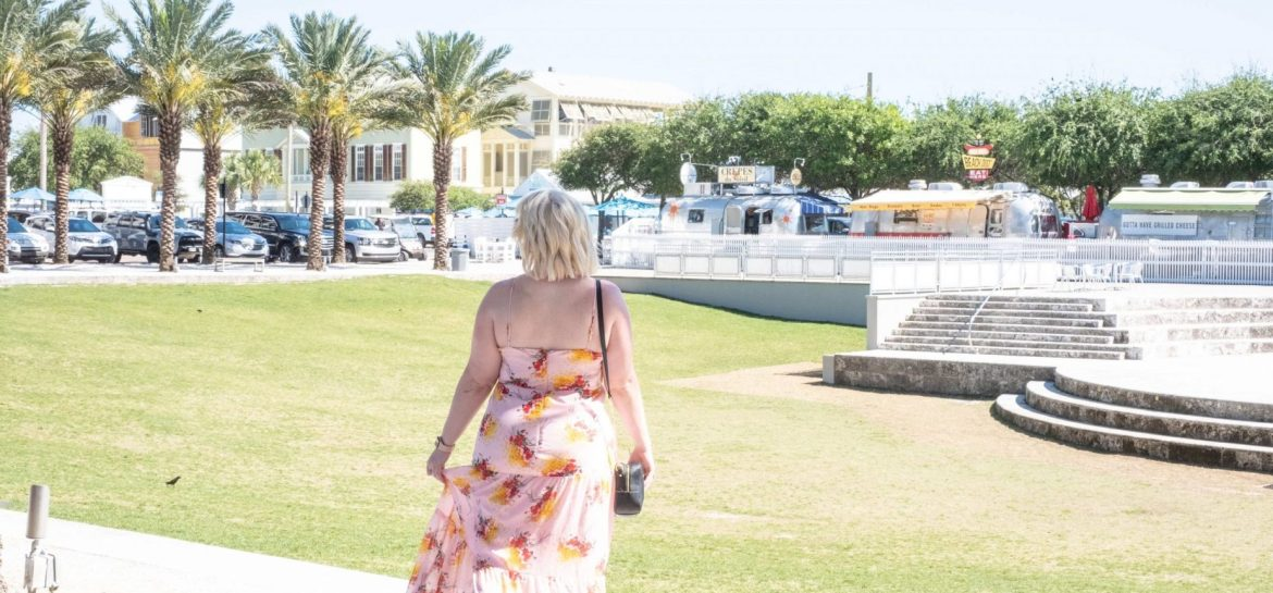5 Things To Detox From Your Life This Month #whatsavvysaid #seasideflorida #petiteblogger #petitestyle #selfloveclub #knowyourself