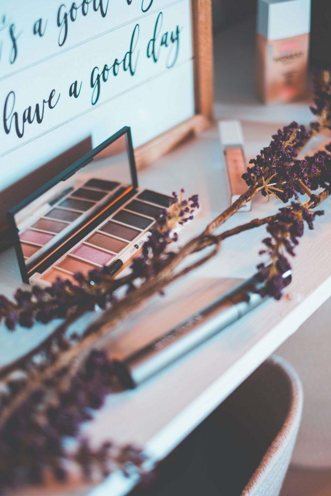 5 Clean Beauty Brands Under $30 #whatsavvysaid #beautyonabudget #cleanbeauty #honestbeauty