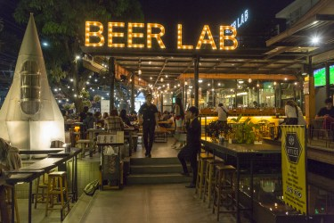 Beer Lab - just 2 blocks away from Beer Republic. 16 taps of craft beer and 200 other choices in bottle or can. (Chiang Mai)