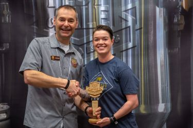 Judges Choice Best Pale Ale Squirrel Chaser Hazy Pale Ale – Yellow Dog Brewing, Port Moody BC