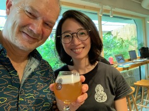 Winne Hsu (Taihu Brewing) and I share a selfie and IPA
