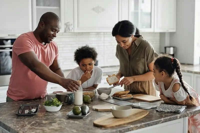 The Eight Qualities Of A Healthy And Successful Family