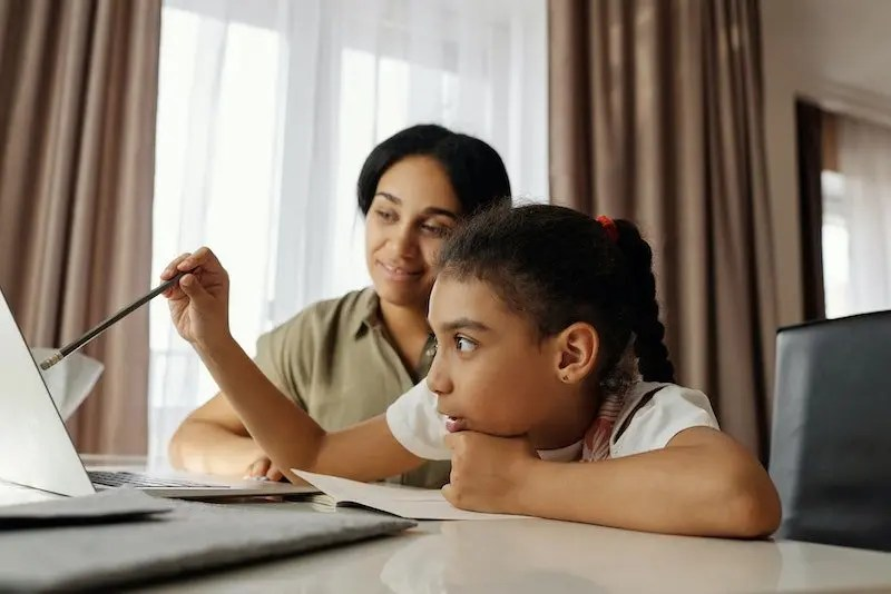 10 Early Signs Of Dyslexia In Young Children
