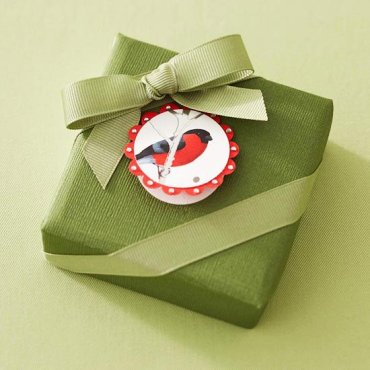 40 Ingenious Ways To Reuse And Recycle Christmas Cards Wrapping Paper