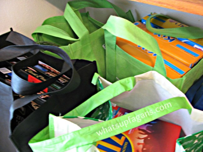 10 reasons to start using reusable bags instead of plastic