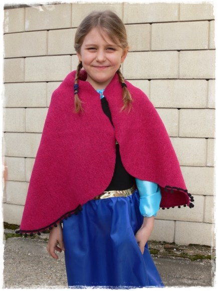 ANNA - Cape and Dress