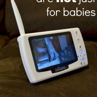 Keep an eye on your kids, but also communicate with them from another room. So many advantages of a video baby monitor! #Levanaween #ad
