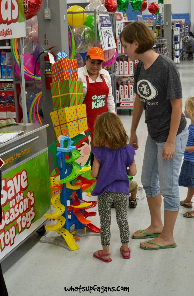 What a fun event for the kids to help you figure out what toys to get them this year! #ChosenByKids Holiday Toyland events at Walmarts! #ad