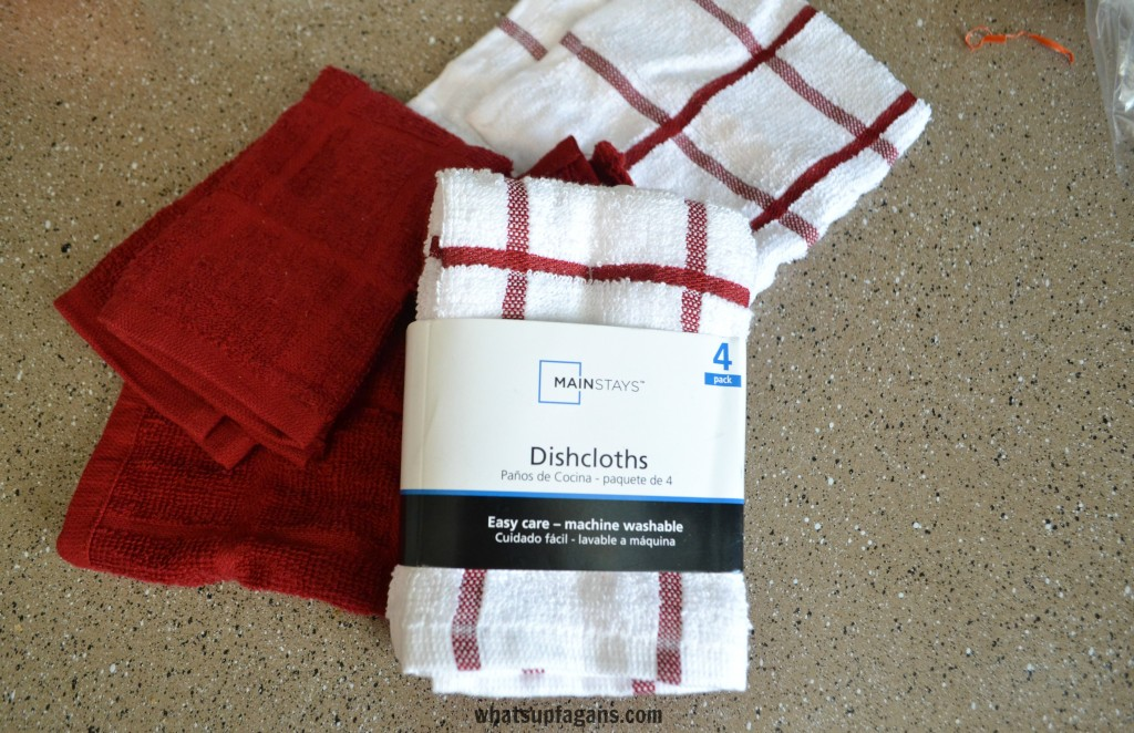 Do you need to #CleanForTheHolidays? Pick up a pack of dishcloths for just a couple dollars at Walmart.