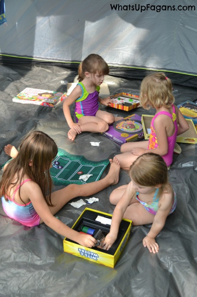 One of the great benefits of camping with kids is having a screen-free, technology-free weekend for parents and kids alike.