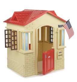 gifts for outdoor kids include a playhouse
