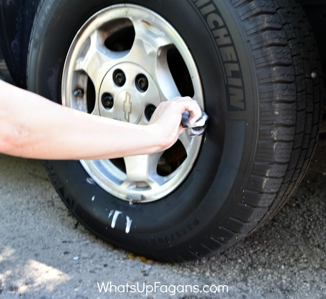 Waterless car wash - how to wash car in apartment | conserve water | Armor All Wipes | water-free car washing | cleaning vehicle