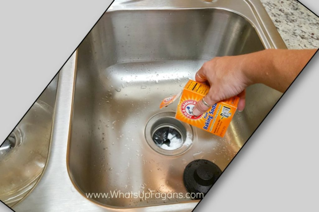 clean with baking soda (1)