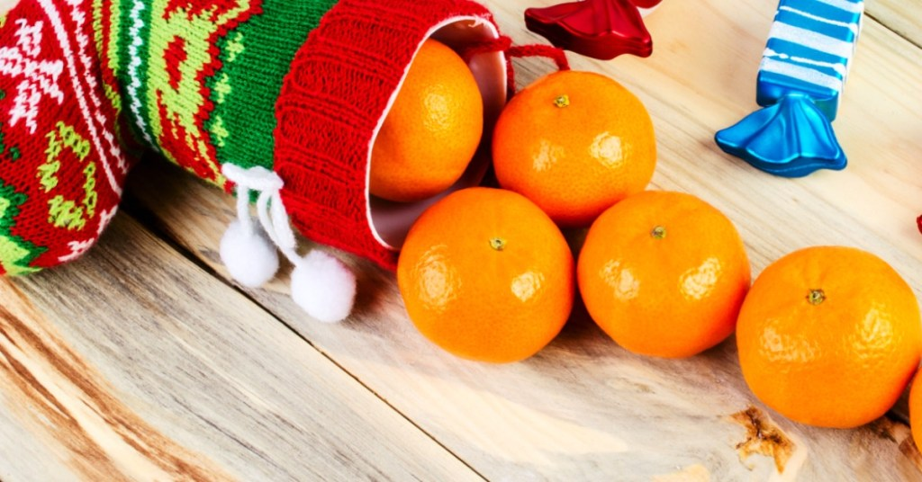 Christmas oranges - Oranges in stockings