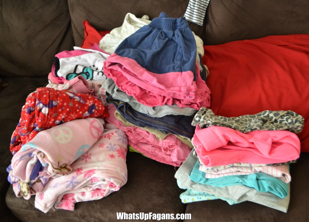 laundry kids - laundry chores for kids