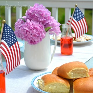 EasyJulydecorating,july th decorations,SimpleJulydecor,patrioticdecor,julythdecorations