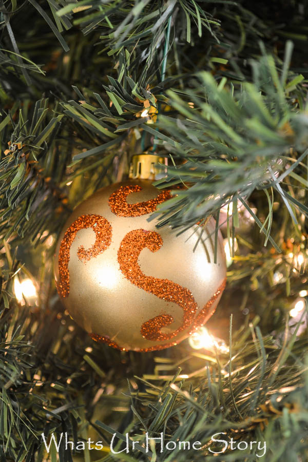 Glitter Swirl Ornament