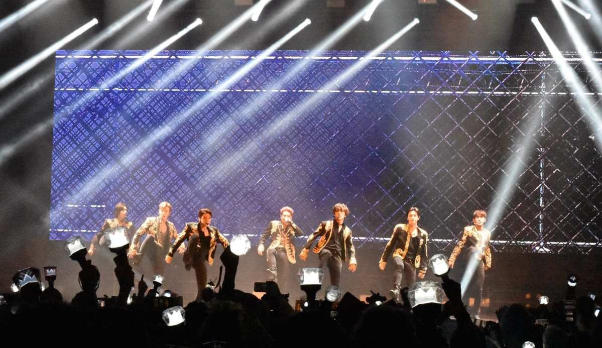 REVIEW: MONSTA X Proves Why They're K-pop's Newest Obsession With