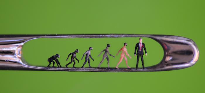 The sculpture Evolution by Willard Wigan