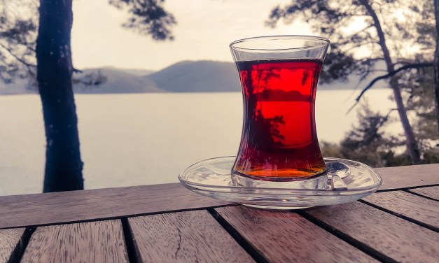 WHY RED TEA IS BETTER THAN GREEN TEA