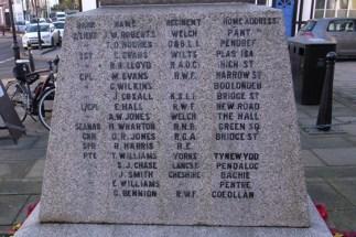 Llanfyllin War Memorial - Thomas Derfel Hughes