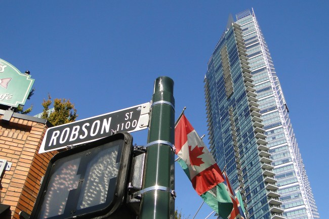 Robson_Street_Sign_-_West_End_-_Vancouver_BC_-_Canada