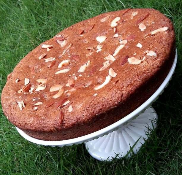 tuttifruity cake 1