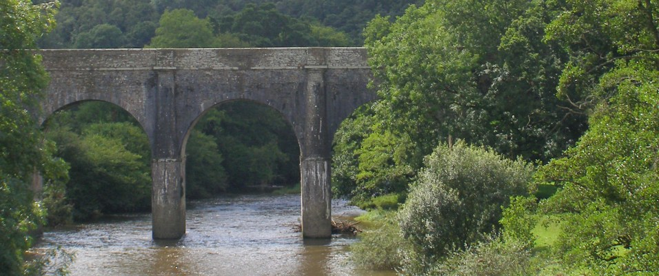 Beam viaduct