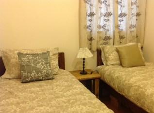 balebarn eco lodge twin room
