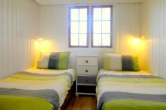 The twin room at Beech Lodge