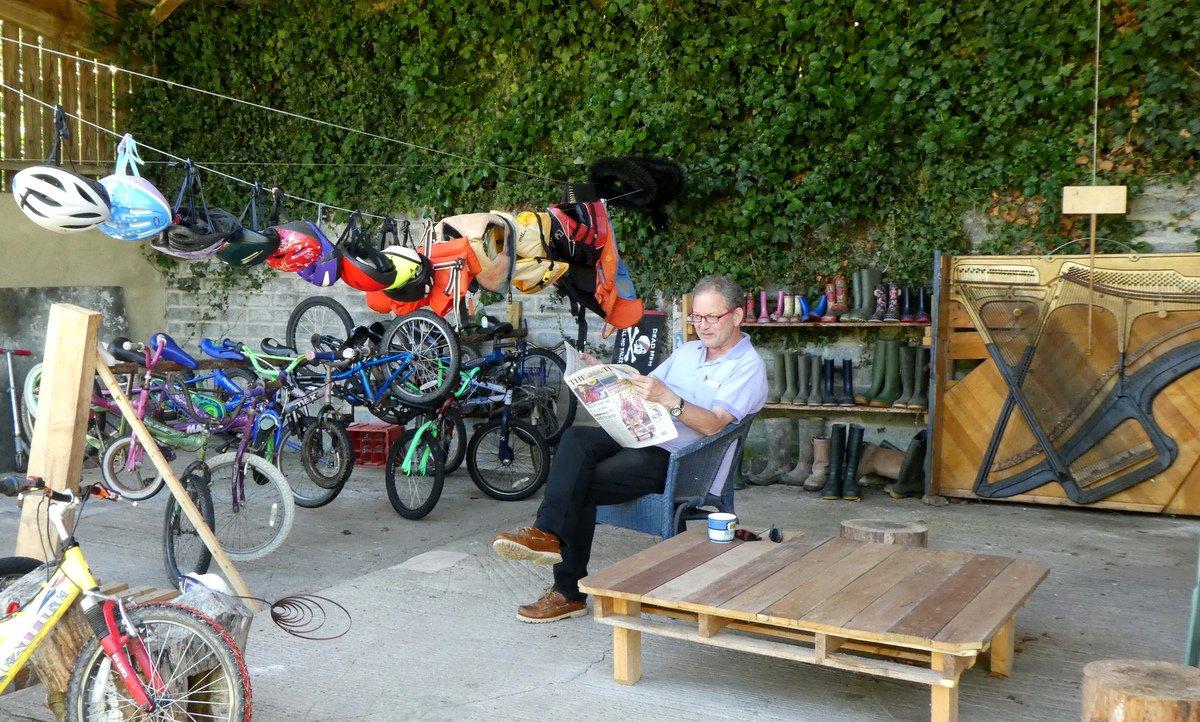 Bikes and boat kit to borrow at Wheatland Farm's Devon Eco Lodges