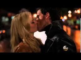 OUAT The Apprentice Emma Hook kiss