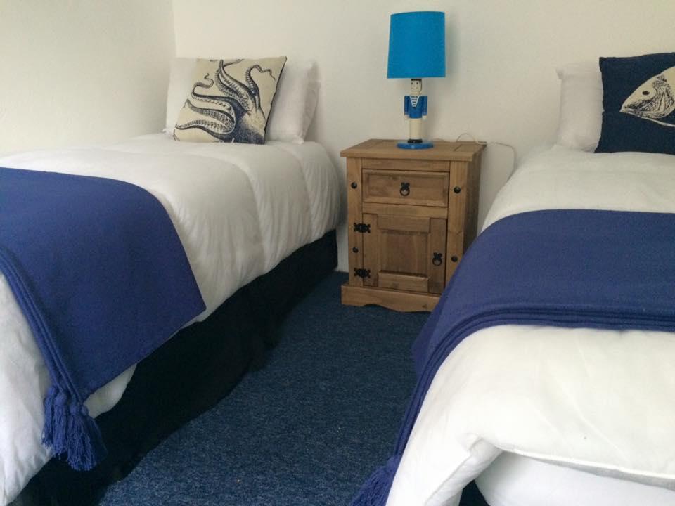 cobblestone-cottage-bedroom
