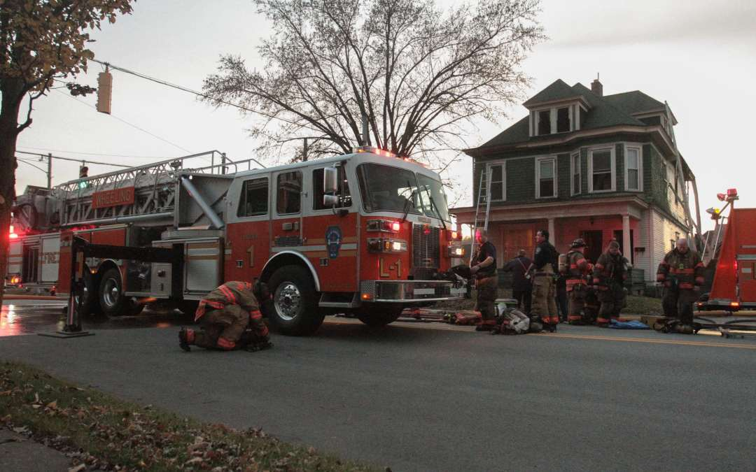 """""""All Hands Working"""" Kitchen Fire in House – 1901 Warwood Ave."""