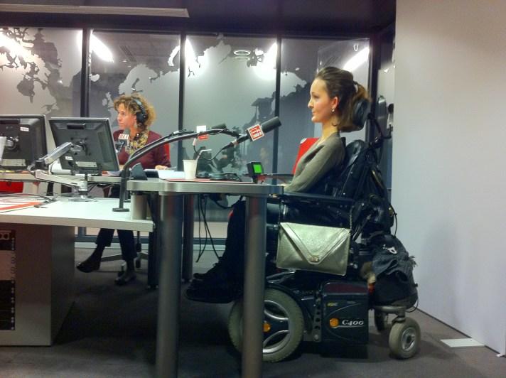 Charlotte présente Wheeliz sur RFI