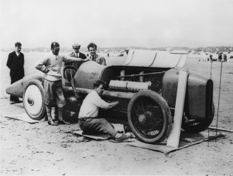 This historic photograph (courtesy National Motor Musuem) shows Malcolm Campbell with the 350 hp Sunbeam at Pendine Sands in Wales, in 1925.
