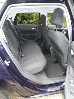 The rear seats provided plenty of head room and reasonable leg room for up to three adults. Handy elasticated pockets are built into the backs of the front seats.