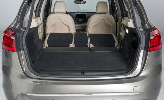 BMW Active Tourer load compartment