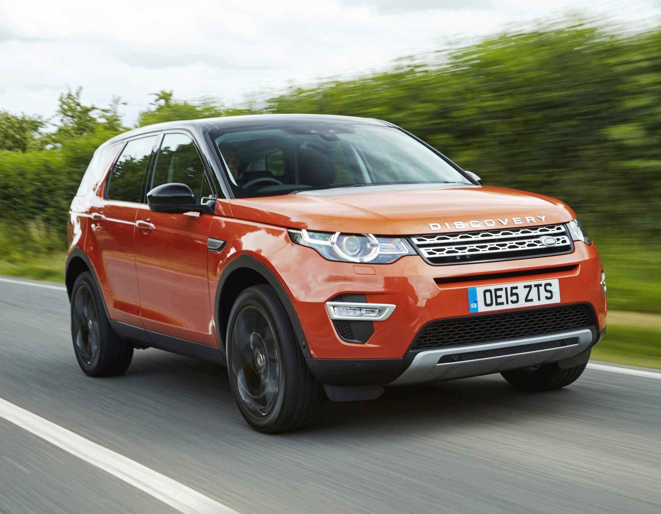 Wheels Alive – Land Rover Discovery Sport – with Jaguar Land