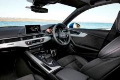 Audi A4 Avant front interior copy