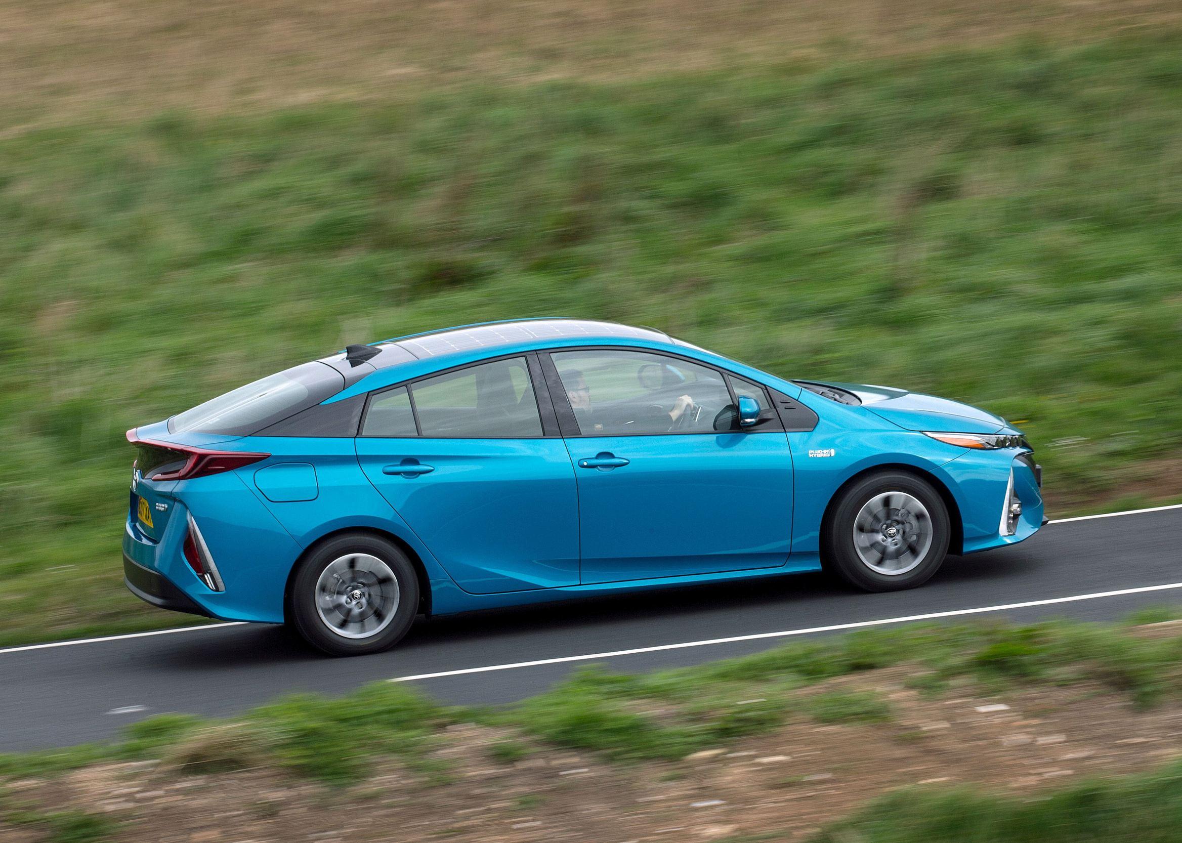 Toyota Prius Hybrid Plug