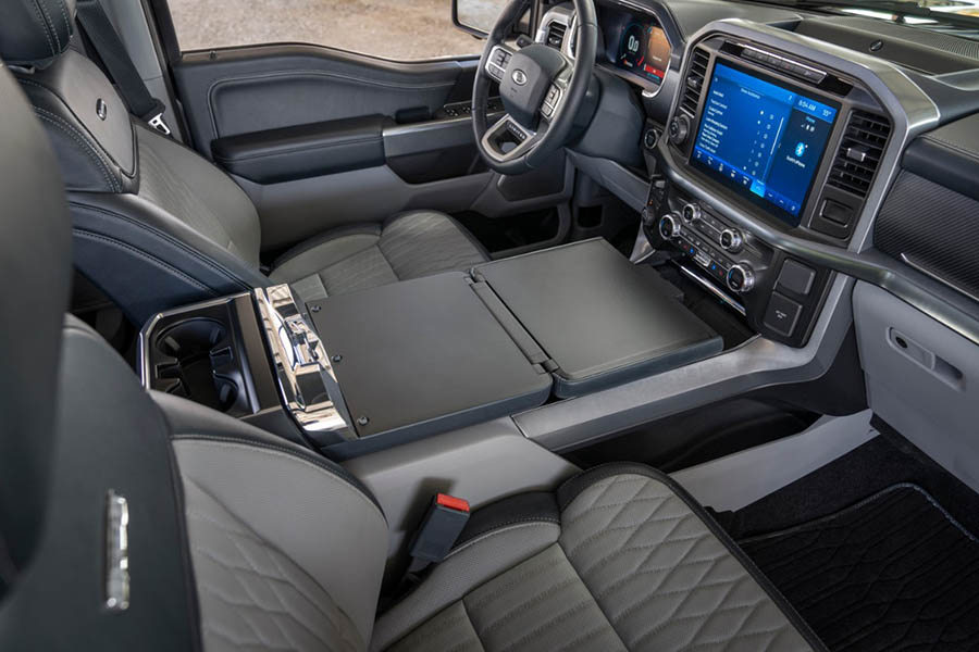 Regular cab (which seats three occupants), supercab (seats six), and supercrew (seats six). How Big Is 2021 Ford F 150 Infotainment Display