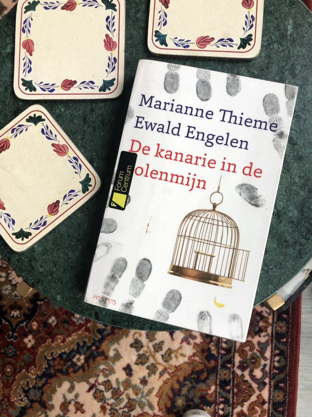 Book about economics and politics: De Kanarie in de Kolenmijn