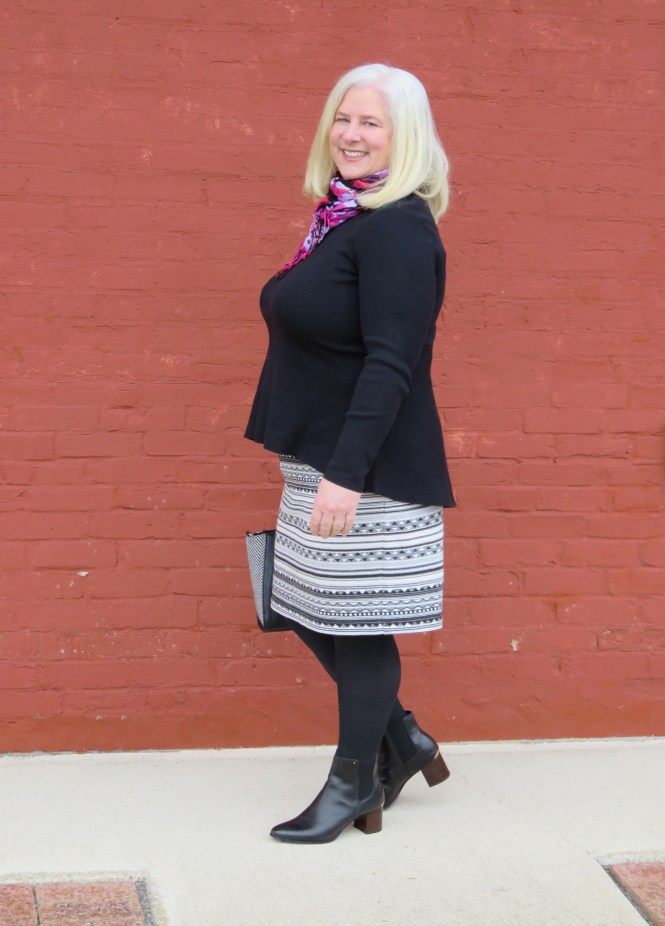 Cute peplum sweater for an apple shaped woman - www.whenthegirlsrule.com