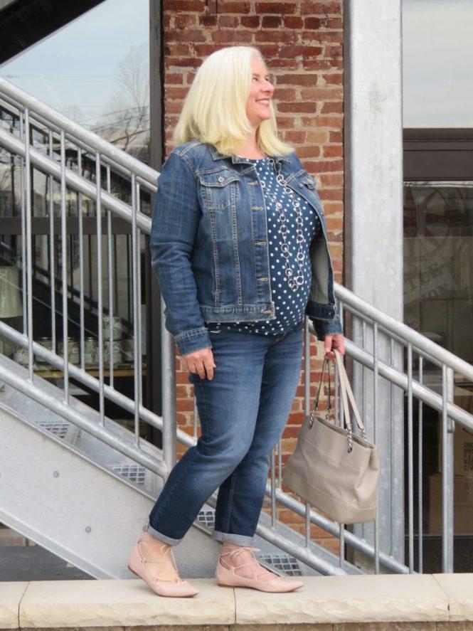 Jean Jacket Love! | www.whenthegirlsrule.com