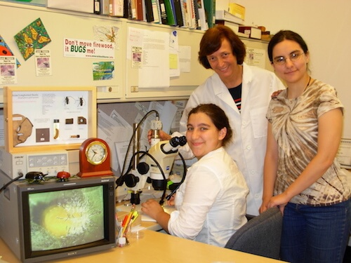 Dr. Gale Ridge with students