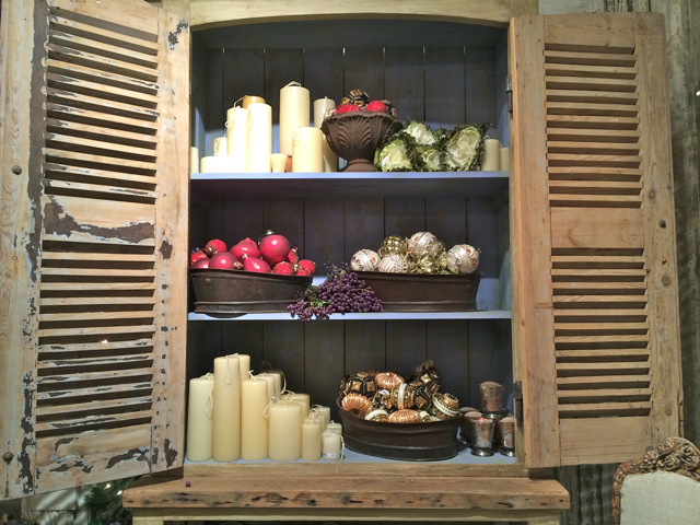 Shabby Chic Holiday Decor at Rolling Greens Nursery