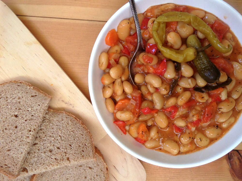 the best beans vegan1 Grandmas Perfect Bean and Vegetable Stew   Romanian Beans