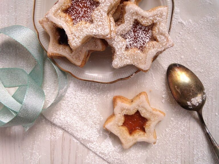star cookies jam 768x576 Spitzbuben Cookies